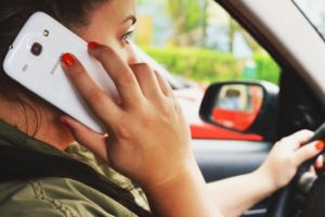 Distracted_Driving_Talking