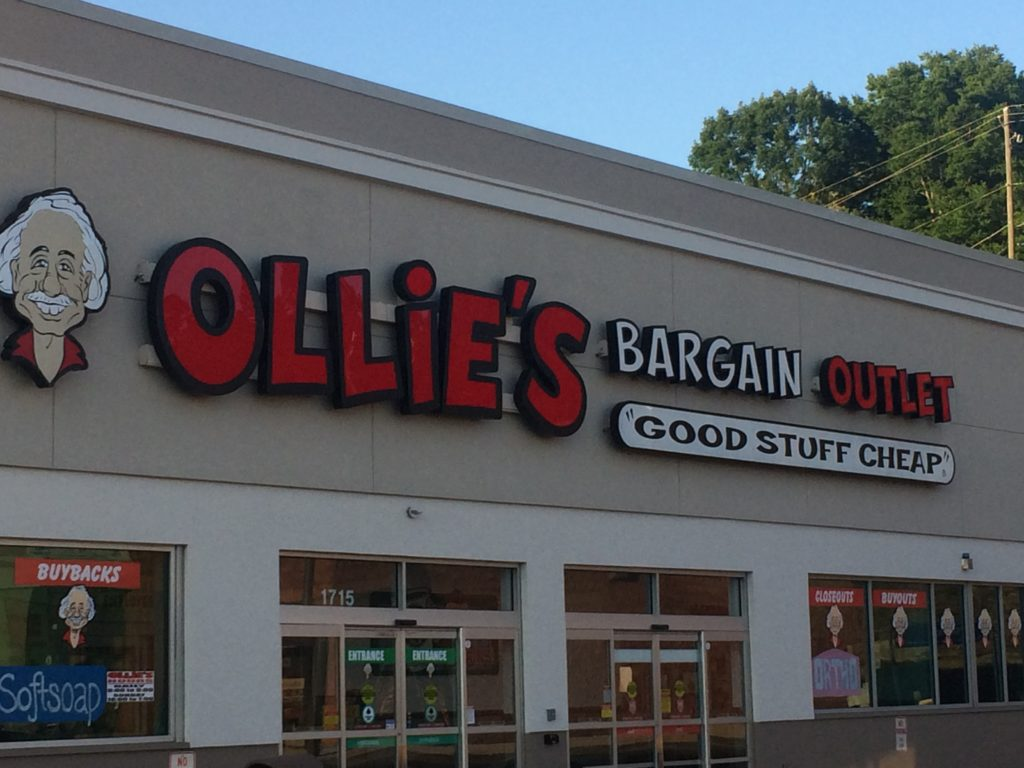 Bargain hunting in Birmingham - Ollie's has a new location in Hoover