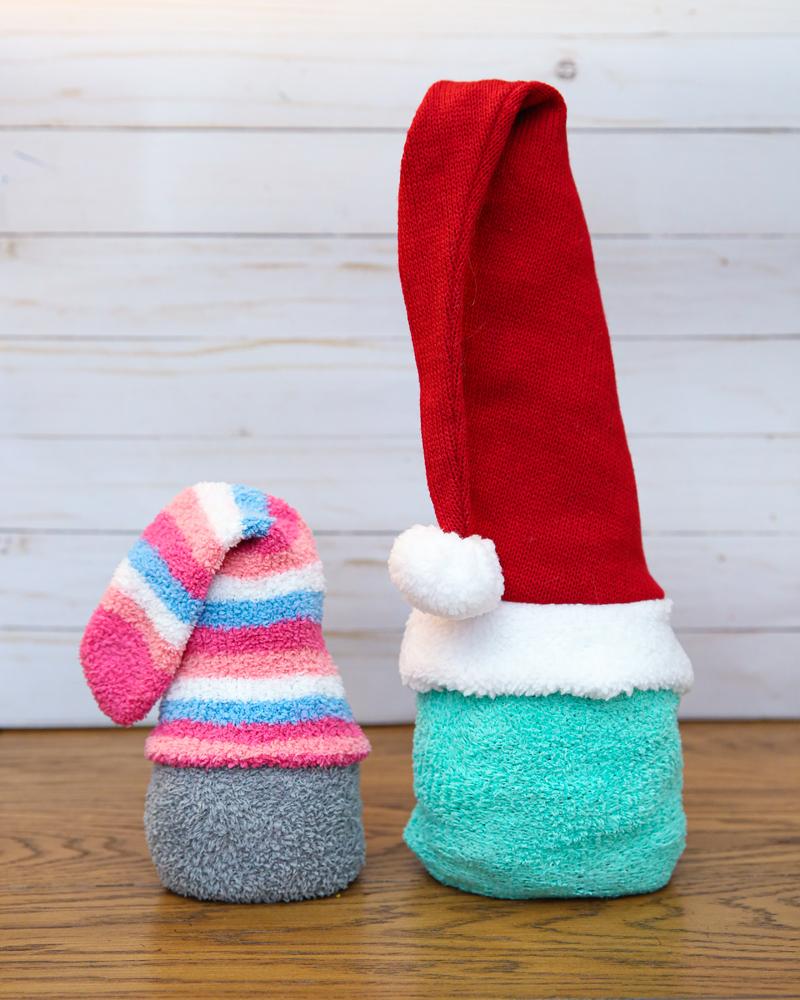 love gnomes sock gnomes craft - so cute