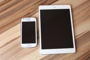 smartphone-ipad-tablet-white-40739