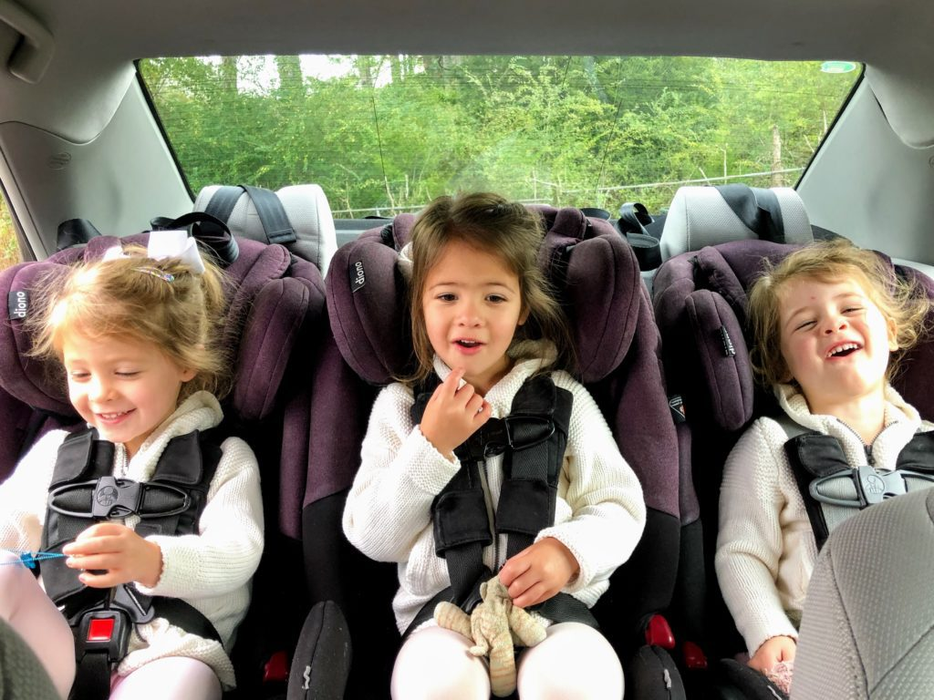 tips for saving sanity and money when taking a road trip with kids - happy travelers