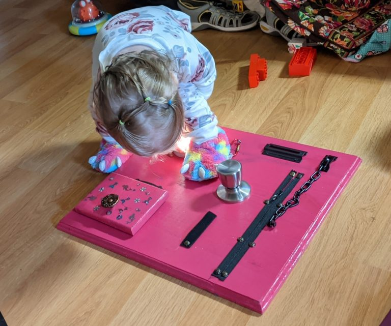 How to Make Busy Boards for Toddlers