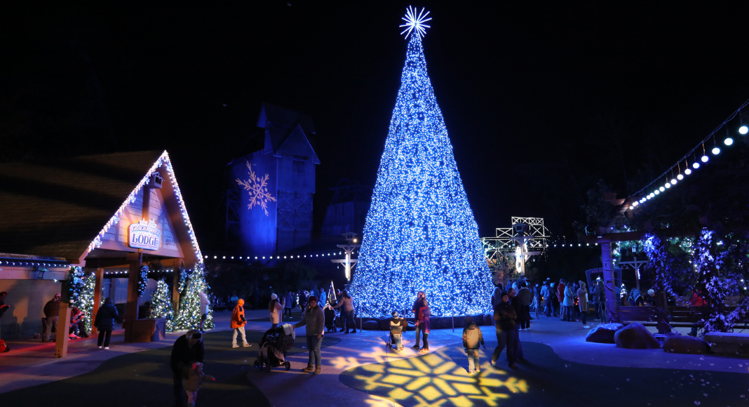 Dollywood At Christmas 2021 Why You Should Add Dollywood S Smoky Mountain Christmas To Your Winter Bucket List